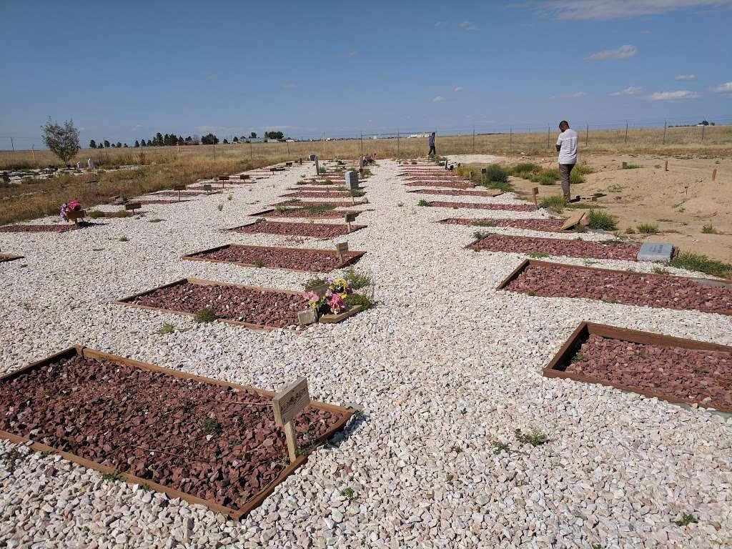 Muslim Garden Cemetery - cemetery  | Photo 2 of 6 | Address: E 64th Ave, Bennett, CO 80102, USA