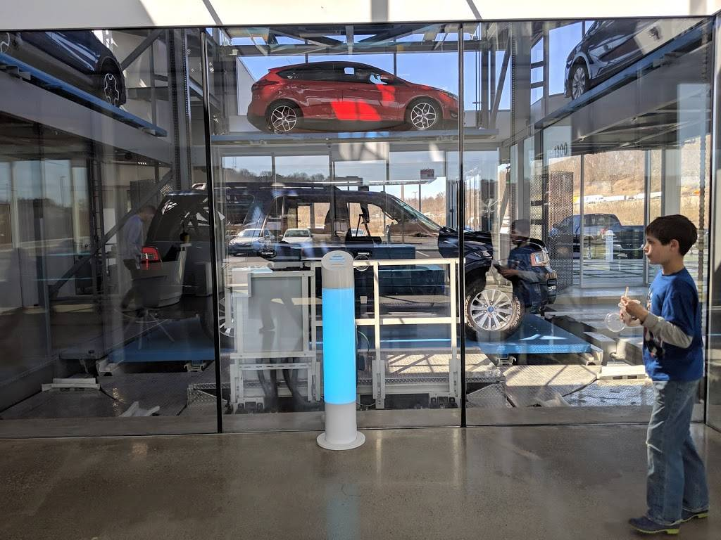 Carvana Pittsburgh - car dealer  | Photo 10 of 10 | Address: 1300 Brockwell St, Bridgeville, PA 15017, USA | Phone: (800) 333-4554
