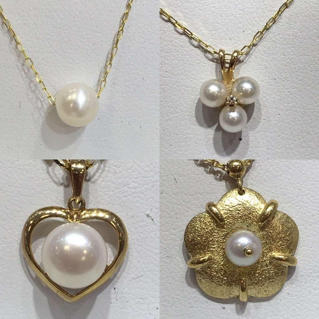 A Marsel's Jewelry - jewelry store  | Photo 8 of 10 | Address: 515 River Rd Booth 5 &, 7, Edgewater, NJ 07020, United States | Phone: (201) 342-4400