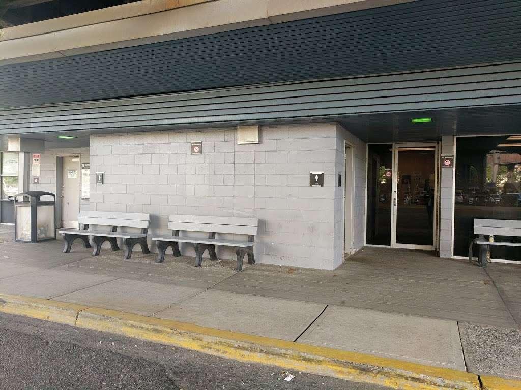 North Bergen Park & Ride Terminal Bldg. - bus station    Photo 1 of 10   Address: Route 3 West & I-495 East, North Bergen, NJ 07047, USA