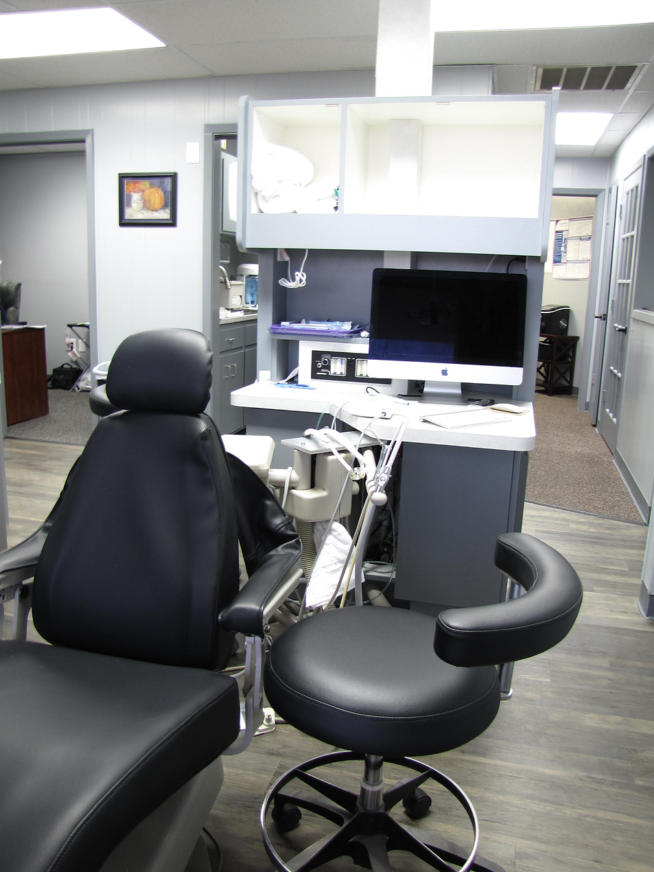 Reddell Russell W DDS - dentist  | Photo 6 of 7 | Address: 2420 Quaker Ave #101, Lubbock, TX 79410, USA | Phone: (806) 701-5066