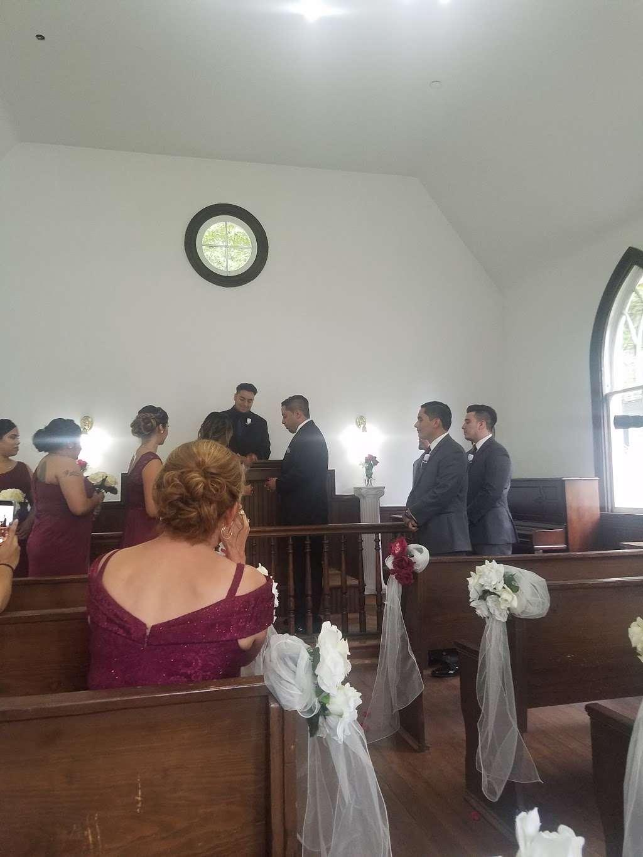Dorsey Chapel - church  | Photo 6 of 10 | Address: 10704 Brookland Rd, Glenn Dale, MD 20769, USA | Phone: (301) 352-5544