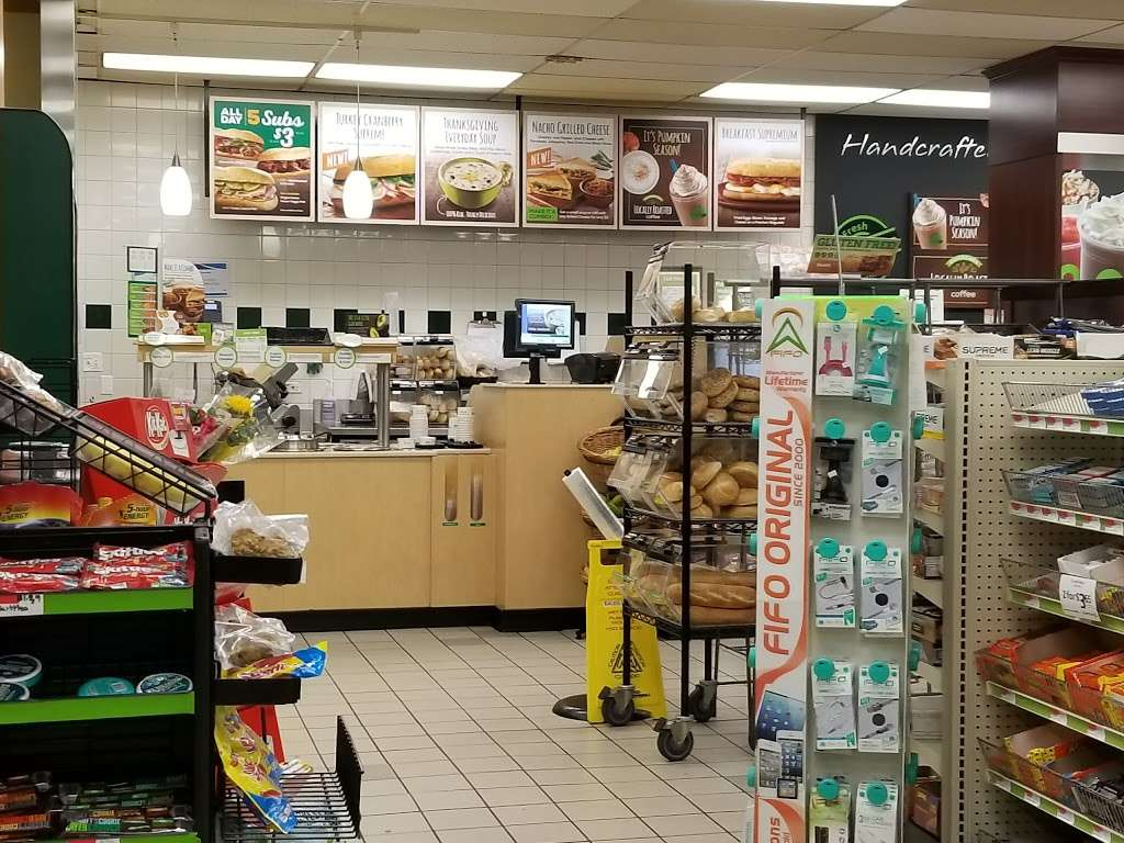 QuickChek - convenience store  | Photo 1 of 10 | Address: 7201 Bergenline Ave, North Bergen, NJ 07047, USA | Phone: (201) 854-9029