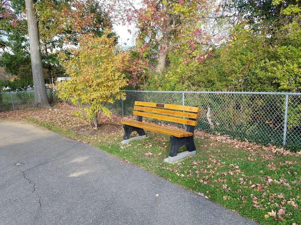 Witte Field Johnson Field - park  | Photo 2 of 10 | Address: 39-43 Johnson Ave, Englewood Cliffs, NJ 07632, USA