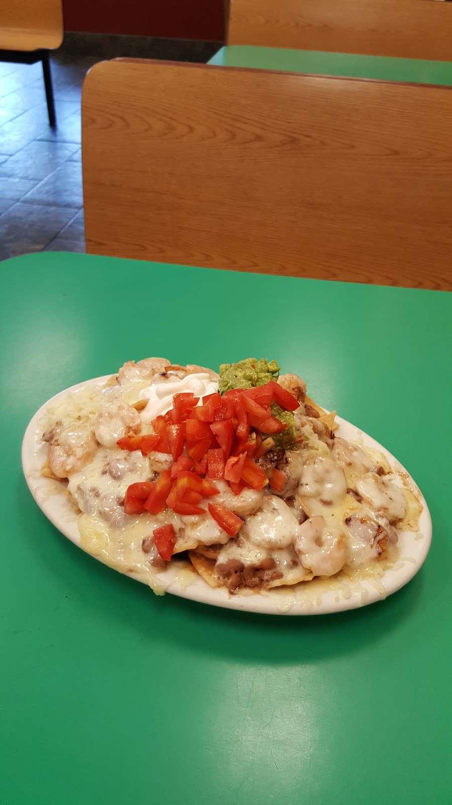 Mannys El Taco De Mexico - restaurant  | Photo 6 of 10 | Address: 1038 E Avenida De Los Arboles, Thousand Oaks, CA 91360, USA | Phone: (805) 492-4709