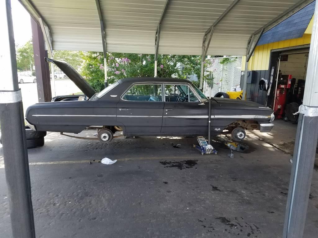 Used Tire Express - car repair  | Photo 9 of 10 | Address: 1788 Virginia Beach Blvd, Virginia Beach, VA 23454, USA | Phone: (757) 961-1244