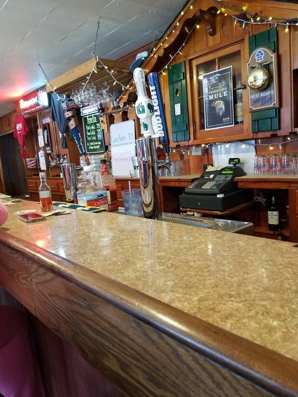 Whippoorwill Hawks Nest - restaurant  | Photo 1 of 10 | Address: 7914 WI-19, Dane, WI 53529, USA | Phone: (608) 798-9991