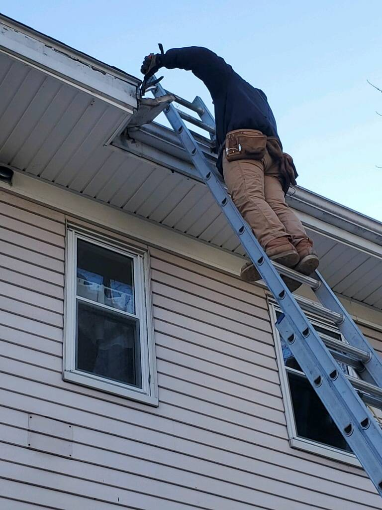 Recon Roofing & Gutters, LLC. - roofing contractor  | Photo 8 of 10 | Address: 41 Zoar Ave, Dedham, MA 02026, USA | Phone: (617) 924-1133