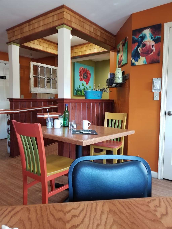 The Mustard Seed Cafe - cafe  | Photo 4 of 10 | Address: 233 Belmont St, Waymart, PA 18472, USA | Phone: (570) 488-7333