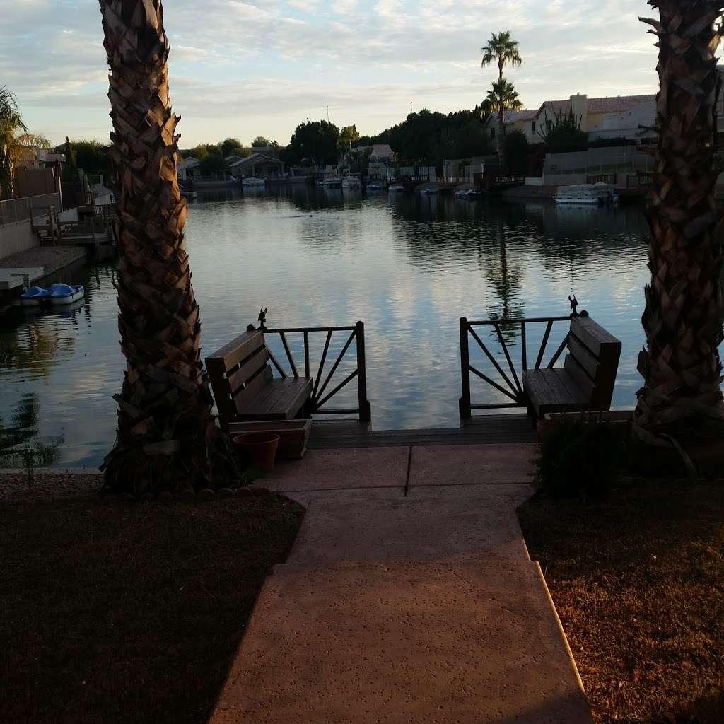 Issa Barbara - real estate agency  | Photo 3 of 3 | Address: 20291 N 52nd Dr, Glendale, AZ 85308, USA | Phone: (623) 572-7527