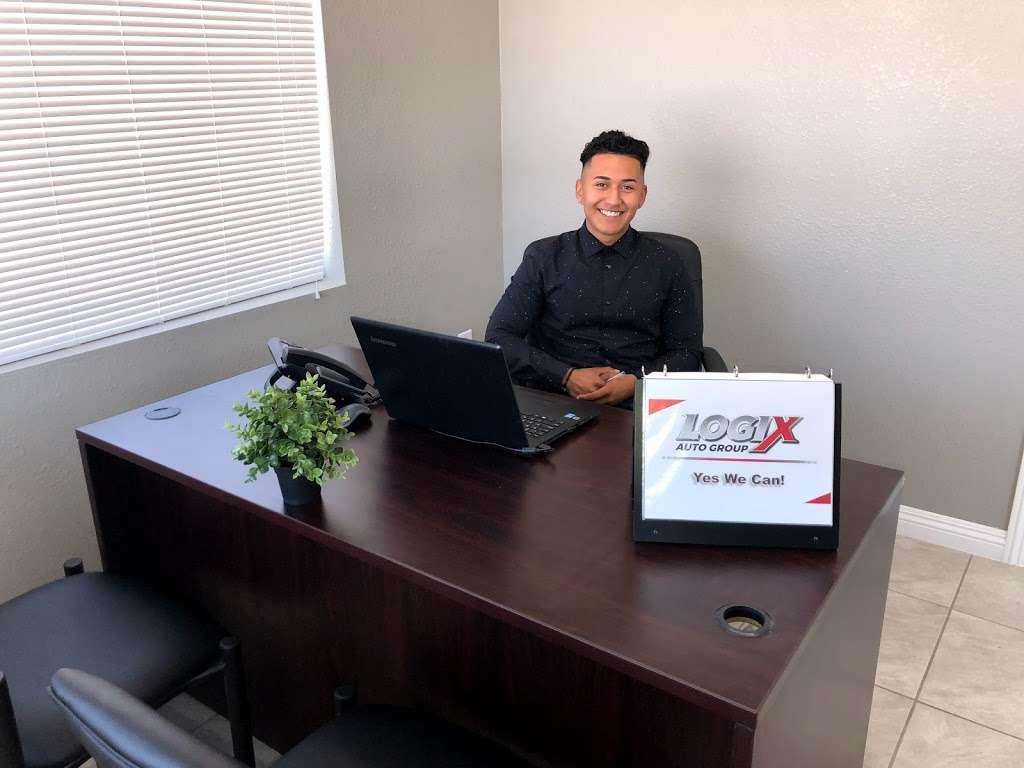 Logix Auto Group - car dealer  | Photo 7 of 10 | Address: 18017 Valley Blvd, Bloomington, CA 92316, USA | Phone: (909) 440-5454