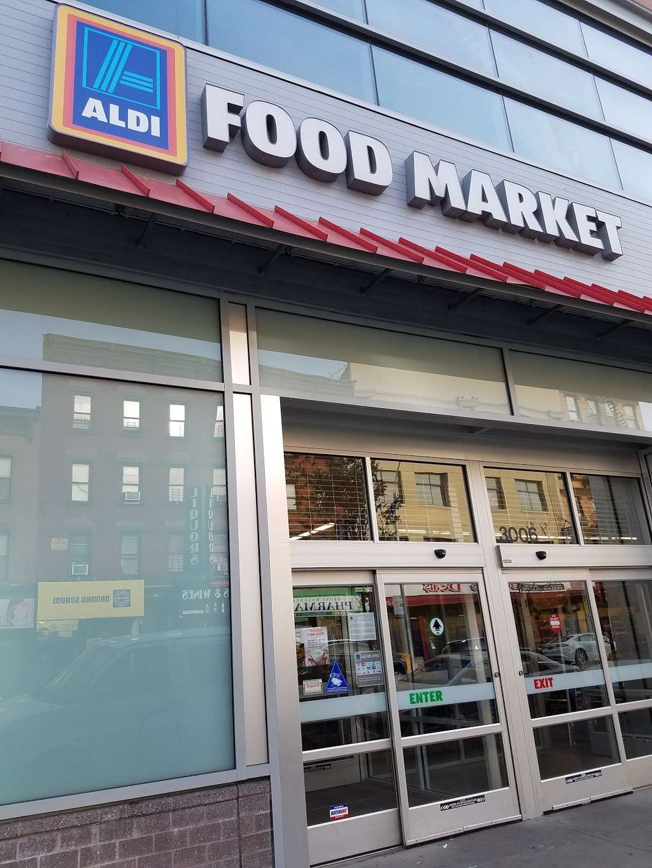 ALDI - supermarket  | Photo 3 of 10 | Address: 3006 Third Ave, Bronx, NY 10455, USA | Phone: (855) 955-2534