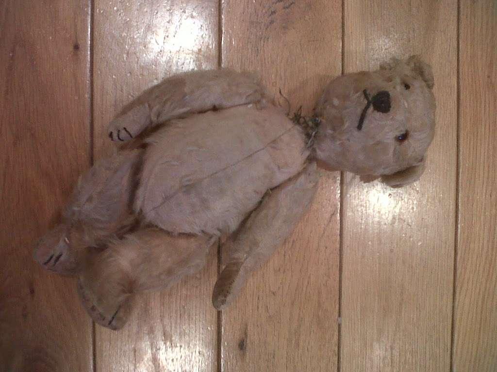 Teddy Bear Doctor - store    Photo 1 of 1   Address: The Hop Barn, 254 Tonbridge Rd, East Peckham, Tonbridge TN12 5LA, UK   Phone: 0800 078 6029