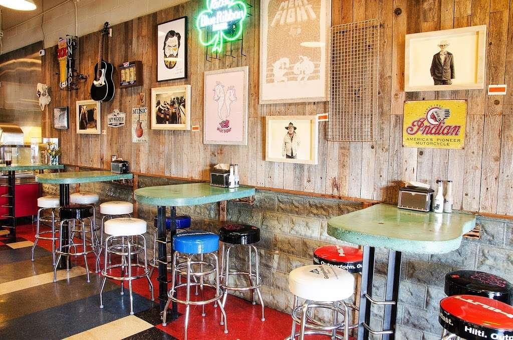 Slow Bone BBQ - restaurant  | Photo 8 of 10 | Address: 2234 Irving Blvd, Dallas, TX 75207, USA | Phone: (214) 377-7727