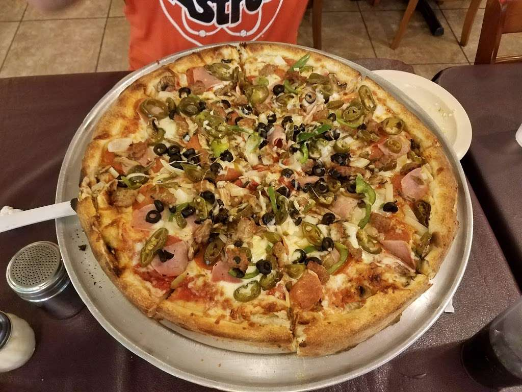 Fuzzys Pizza - meal delivery  | Photo 2 of 10 | Address: 8914 Westheimer Rd, Houston, TX 77063, USA | Phone: (713) 787-5200