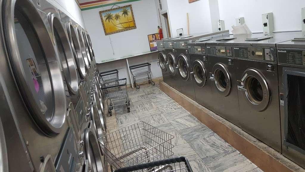 Rheas Laundromat - laundry    Photo 1 of 3   Address: 442 Throop Ave, Brooklyn, NY 11221, USA