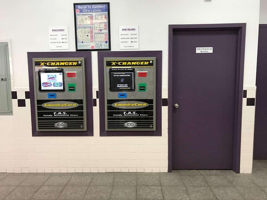 Scrubs Laundromat - laundry  | Photo 2 of 9 | Address: 315 Main St #4, Little Ferry, NJ 07643, USA | Phone: (201) 440-3343