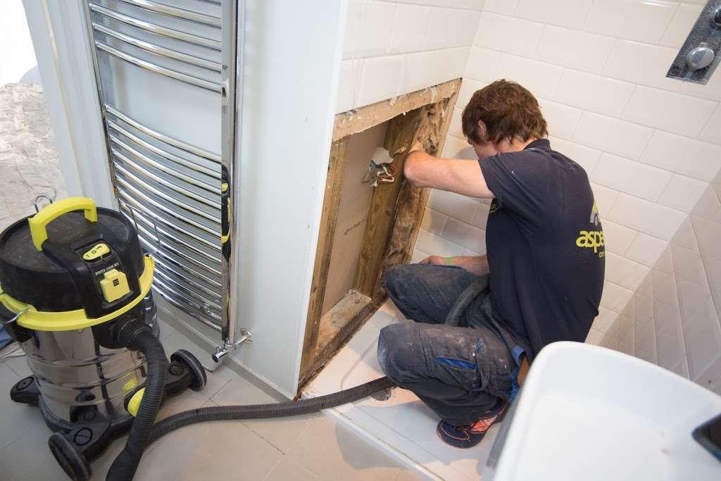 Aspect - plumber    Photo 3 of 10   Address: E7, Barwell Business Park, Leatherhead Rd, Chessington KT9 2NY, UK   Phone: 020 3797 3570