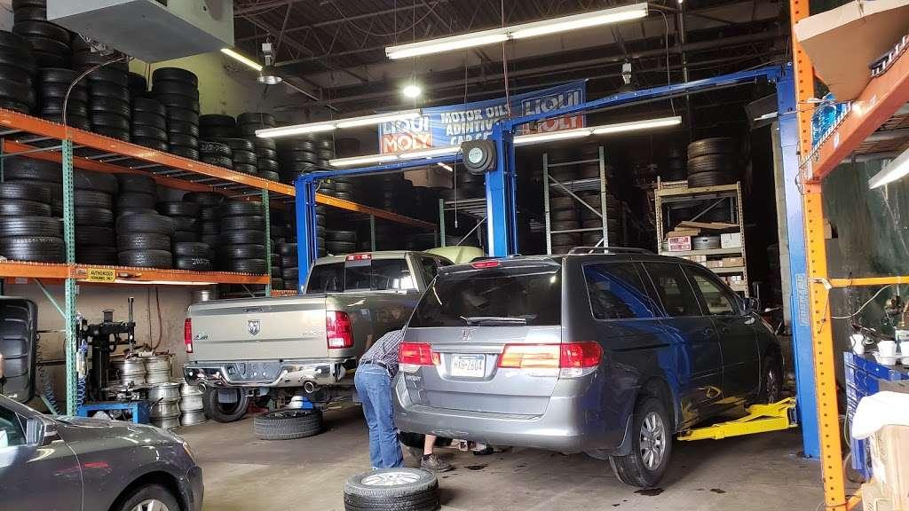 MY AUTO INC. - car repair    Photo 2 of 9   Address: 1771 Tomlinson Rd Unit G2, Philadelphia, PA 19116, USA   Phone: (267) 934-8186
