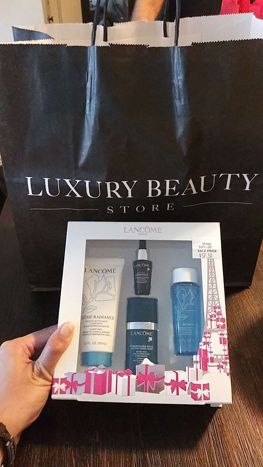 Luxury Beauty Store - store  | Photo 3 of 3 | Address: One Premium, Outlet Blvd Suite 345, Wrentham, MA 02093, USA | Phone: (508) 384-0417