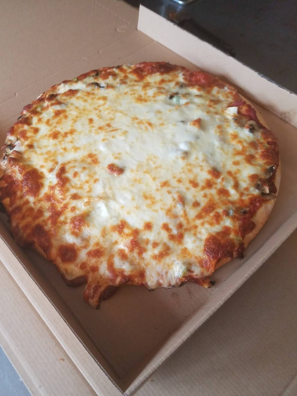 PIZZA MAN VADNAIS HEIGHTS LITTLE CANADA - meal delivery  | Photo 7 of 10 | Address: 753 County Rd D E, St Paul, MN 55117, USA | Phone: (651) 482-9989