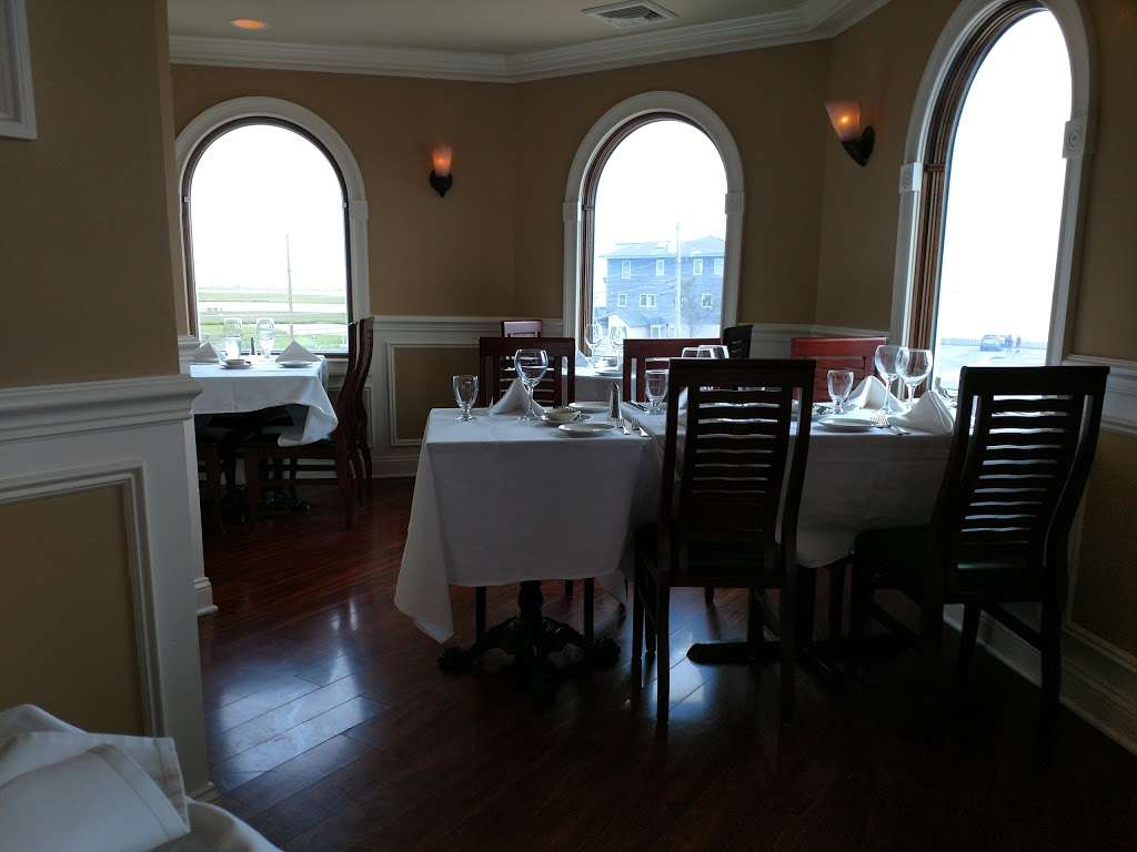 Antoinettas Restaurant - restaurant  | Photo 10 of 10 | Address: 523 Cedar Run Dock Rd, West Creek, NJ 08092, USA | Phone: (609) 978-9785