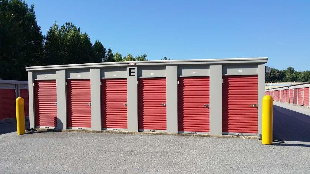 Storage Rentals of America - storage  | Photo 1 of 10 | Address: 100 E Scotland Dr, Bear, DE 19701, USA | Phone: (302) 786-0796