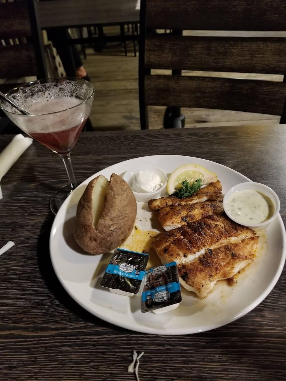 Bubbas Seafood Restaurant and Crabhouse - restaurant  | Photo 3 of 9 | Address: 3323 Shore Dr, Virginia Beach, VA 23451, USA | Phone: (757) 481-3513