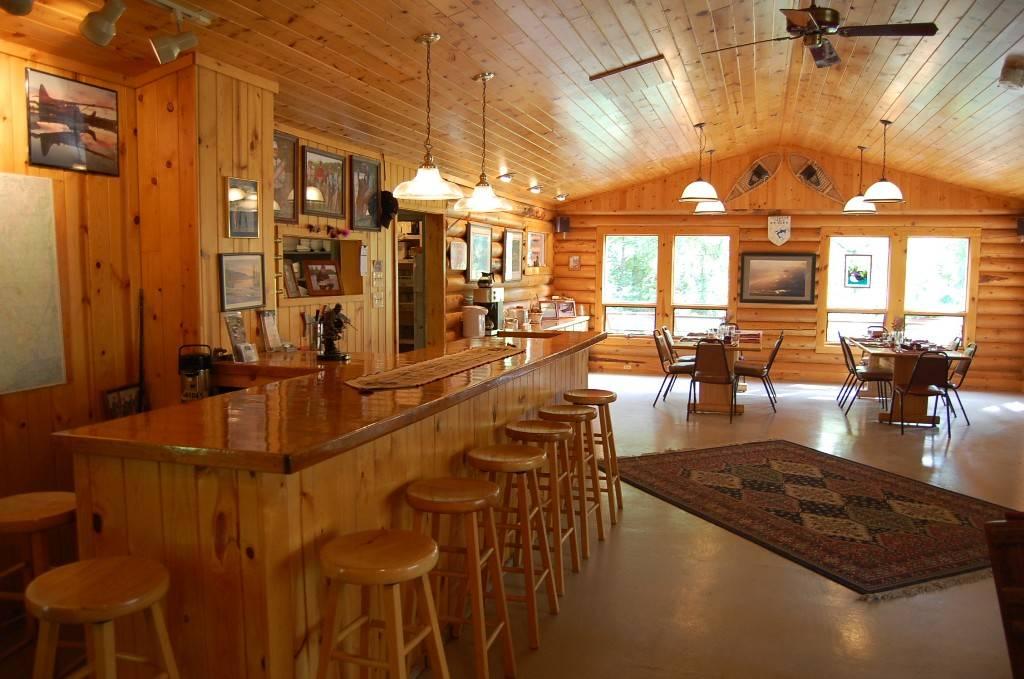 Wilderness Place Lodge Inclusive Alaska Fishing - lodging  | Photo 7 of 10 | Address: 4525 Enstrom Cir, Anchorage, AK 99502, USA | Phone: (907) 733-2051
