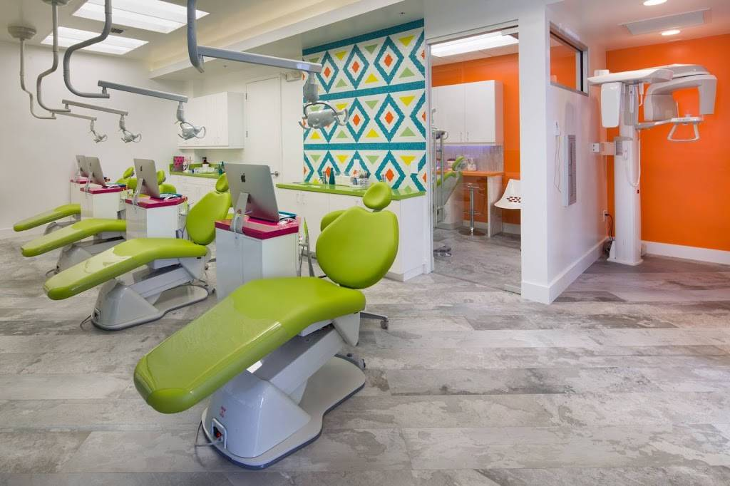 Flossome Orthodontics - dentist  | Photo 3 of 9 | Address: 7887 N Kendall Dr #103, Miami, FL 33156, USA | Phone: (305) 275-1094