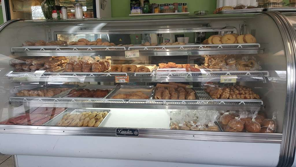 Alicias Bakery - bakery  | Photo 1 of 10 | Address: 8625 Bergenline Ave, North Bergen, NJ 07047, USA | Phone: (201) 758-9112