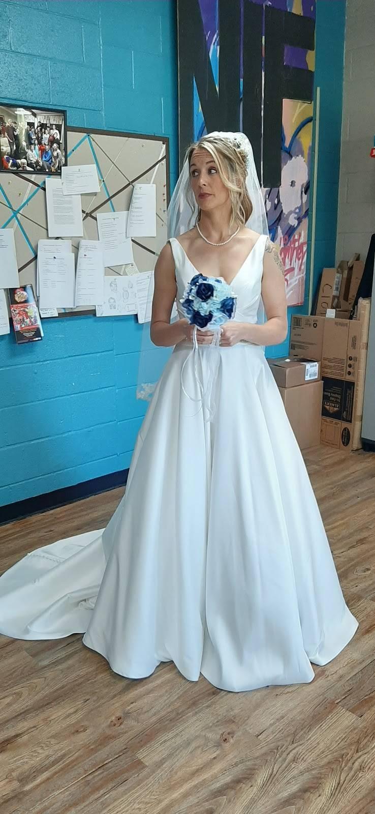 Breathless Bridal - clothing store    Photo 5 of 6   Address: 1741 US-41, Ridgetop, TN 37152, USA   Phone: (615) 855-0644
