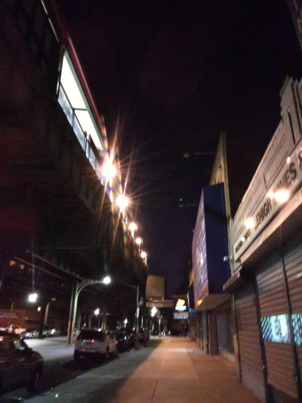 Hutchinson Whitestone Motel - lodging  | Photo 4 of 10 | Address: 2815 Westchester Ave, The Bronx, NY 10461, USA | Phone: (718) 824-5840