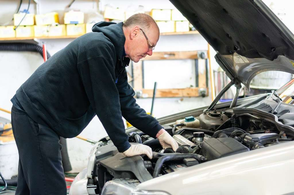 KP Motorworks - car repair    Photo 1 of 10   Address: 220 Classic Ct, Rohnert Park, CA 94928, USA   Phone: (707) 586-9984