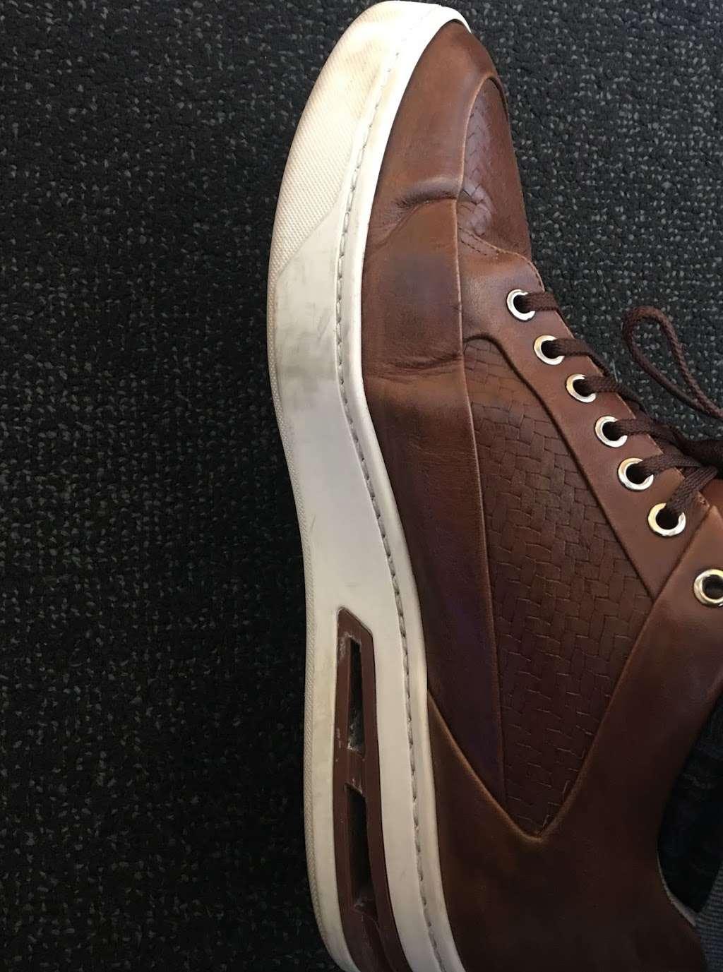 Harborside Dry Cleaners & Shoe Repair - laundry  | Photo 4 of 6 | Address: 34 Exchange Pl, Jersey City, NJ 07302, USA | Phone: (201) 333-7640