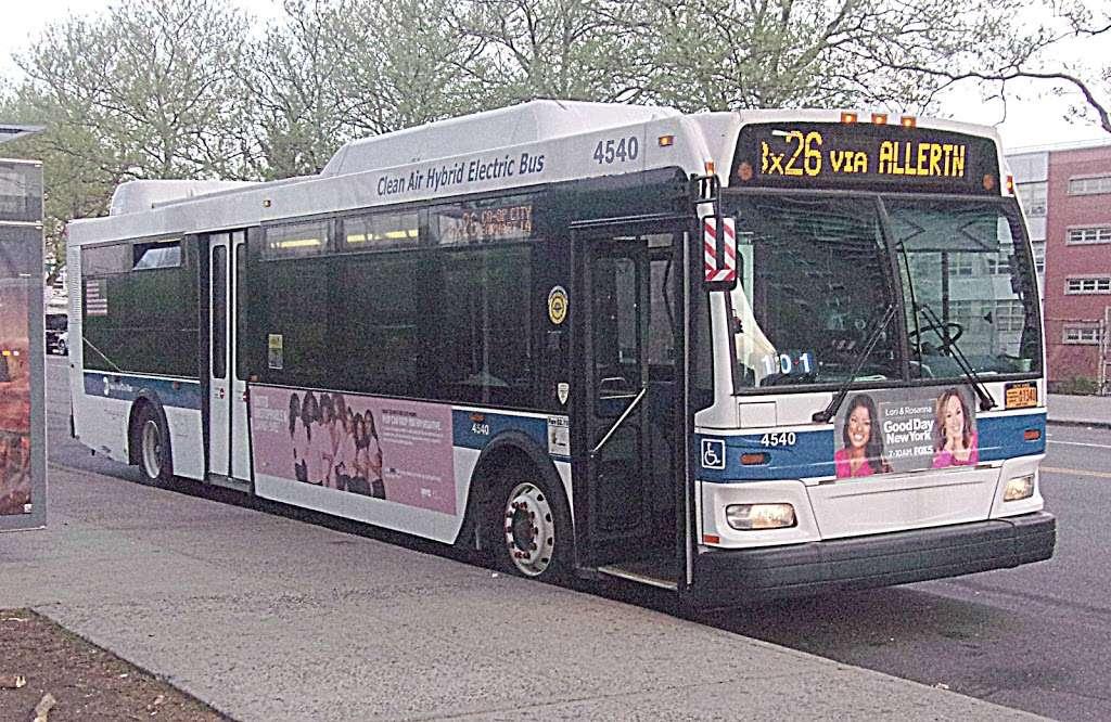 W 205 St/paul Av - bus station  | Photo 7 of 7 | Address: Bronx, NY 10468, USA