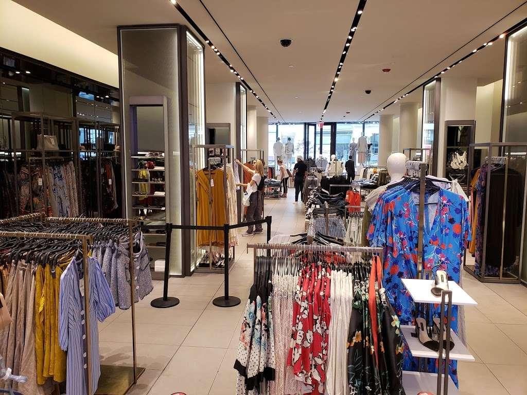 Zara - clothing store  | Photo 1 of 10 | Address: 101 5th Ave, New York, NY 10003, USA | Phone: (212) 741-0555