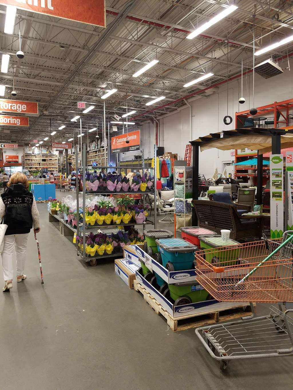 The Home Depot - hardware store  | Photo 9 of 10 | Address: 579 Gateway Dr, Brooklyn, NY 11239, USA | Phone: (718) 827-9568