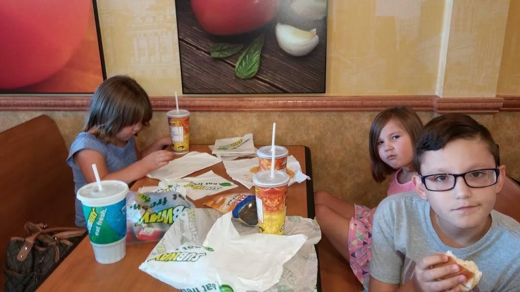 Subway - meal takeaway  | Photo 2 of 5 | Address: 28400 Cedar Park Blvd, Perrysburg, OH 43551, USA | Phone: (419) 661-2946