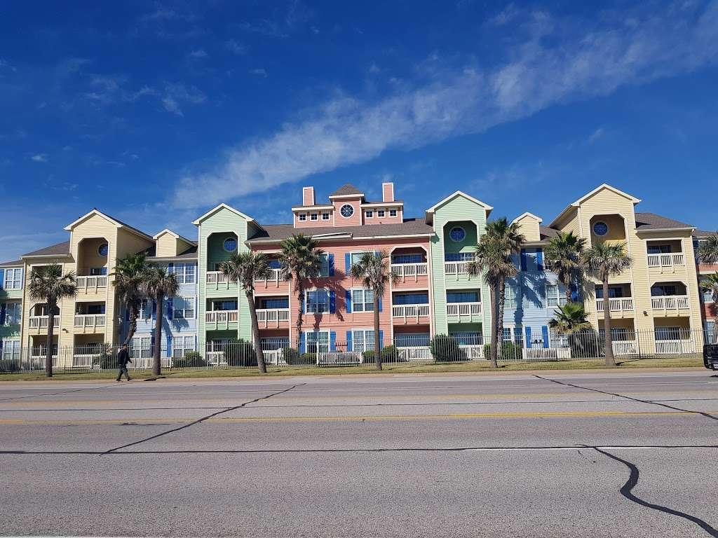 Dawn Beach Condominiums - real estate agency  | Photo 7 of 10 | Address: 7000 Seawall Blvd, Galveston, TX 77551, USA | Phone: (888) 532-9623