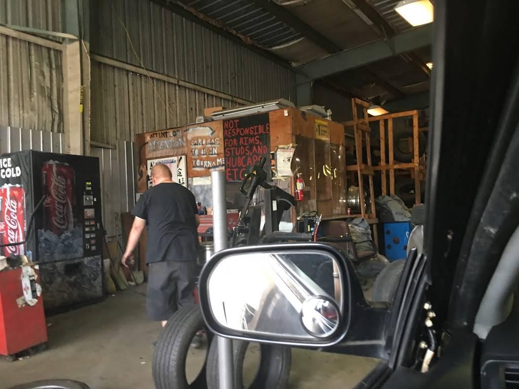 Carolyns Tires - car repair  | Photo 5 of 7 | Address: 744 Forestdale Blvd, Birmingham, AL 35214, USA | Phone: (205) 791-0204
