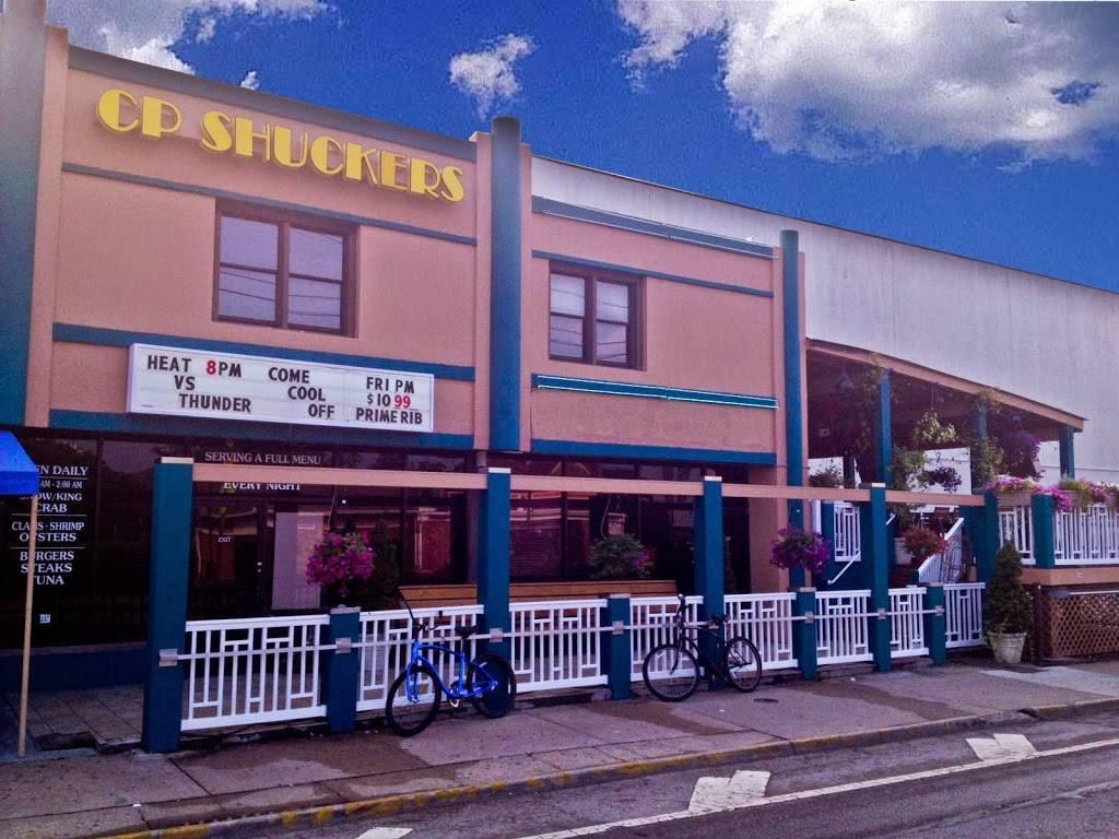 CP Shuckers Cafe & Raw Bar - restaurant  | Photo 3 of 10 | Address: 2407 Pacific Ave, Virginia Beach, VA 23451, USA | Phone: (757) 425-8676