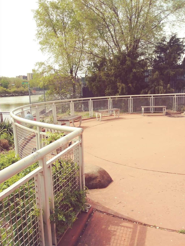 Sherman Creek Park - park  | Photo 3 of 10 | Address: 351 W 205th St, New York, NY 10034, USA