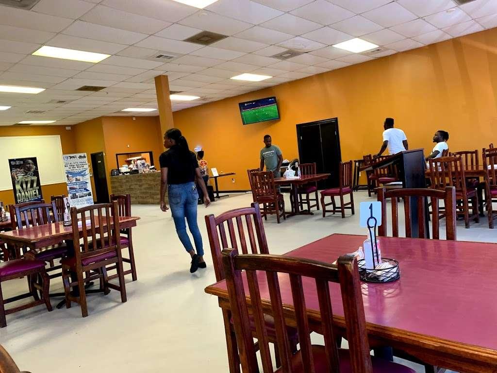 Salt N Pepper Kitchen & Catering Services - restaurant  | Photo 2 of 10 | Address: 2376 Lavon Dr #106A, Garland, TX 75040, USA | Phone: (469) 298-2540