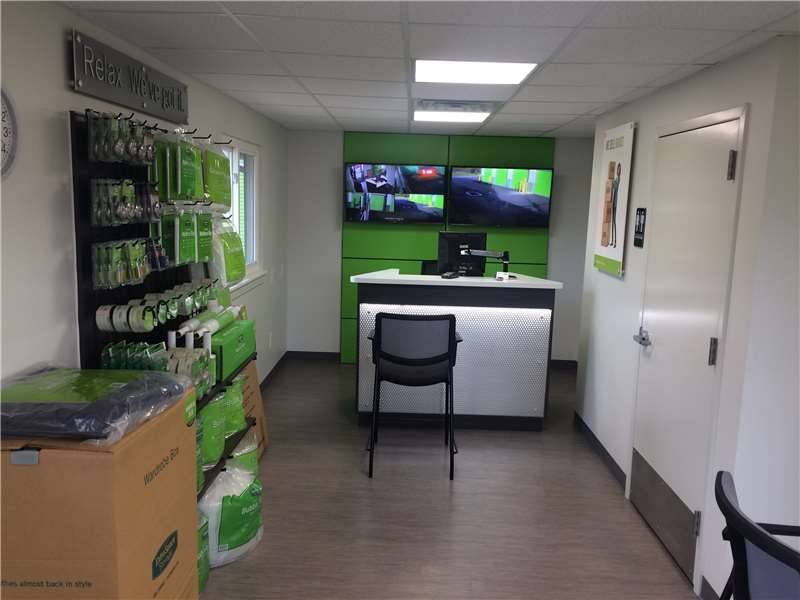 Extra Space Storage - moving company    Photo 3 of 10   Address: 110 Kisow Dr, Pittsburgh, PA 15205, USA   Phone: (412) 921-6060
