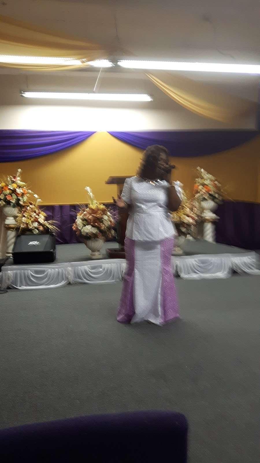 Glad Tidings Assembly of God - church  | Photo 2 of 2 | Address: 2 Van Cortlandt Ave E, Bronx, NY 10468, USA | Phone: (718) 367-4040