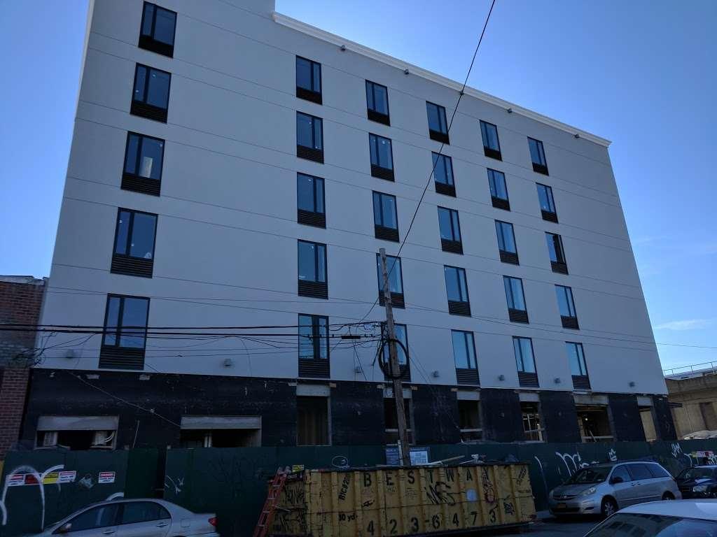 Pride Management LLC Hotel - lodging  | Photo 1 of 10 | Address: 139-1 Archer Ave, Jamaica, NY 11435, USA