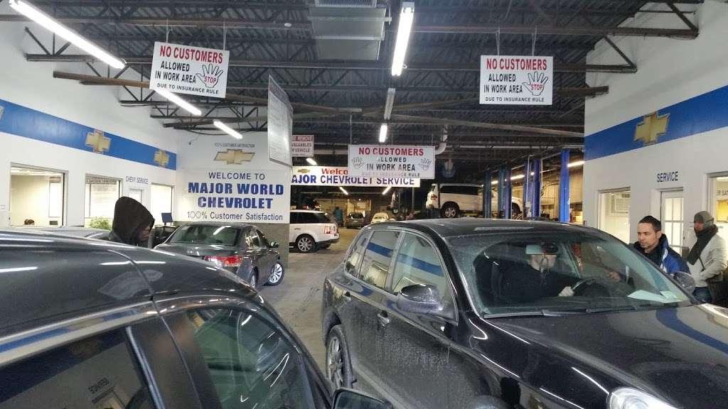 Major World Chevrolet Service - car repair  | Photo 9 of 10 | Address: 39-10 43rd St, Long Island City, NY 11101, USA | Phone: (718) 392-8605