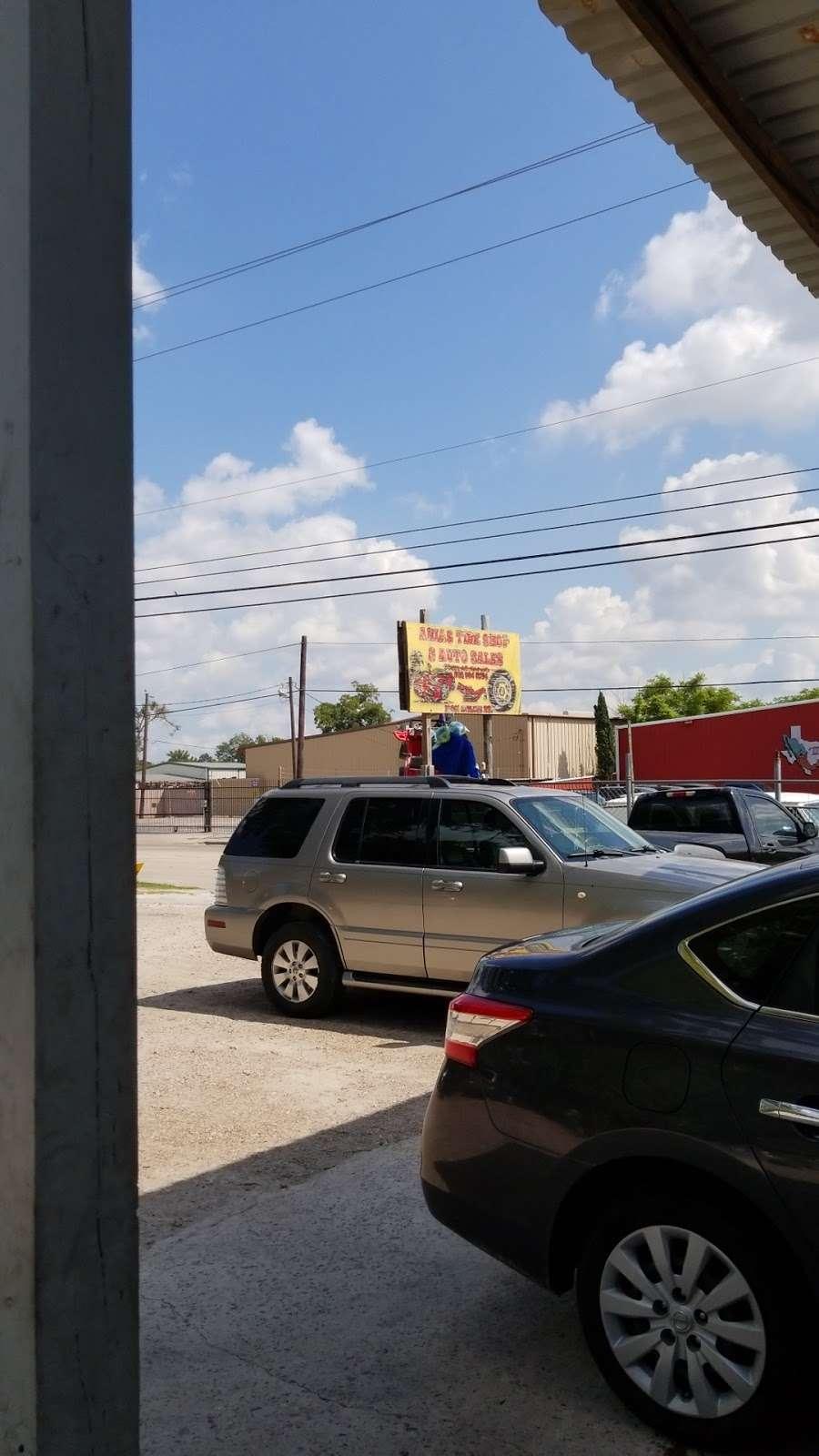 Arias Tire Shop & Auto Sales - car repair  | Photo 3 of 6 | Address: 10601 Airline Dr, Houston, TX 77037, USA | Phone: (832) 564-5554