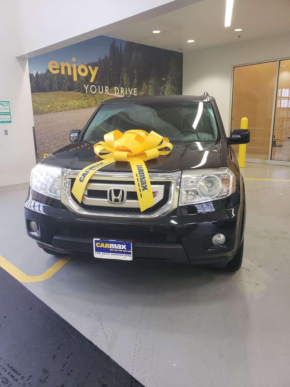 CarMax, 21636 Katy Fwy, Katy, TX 77449, USA